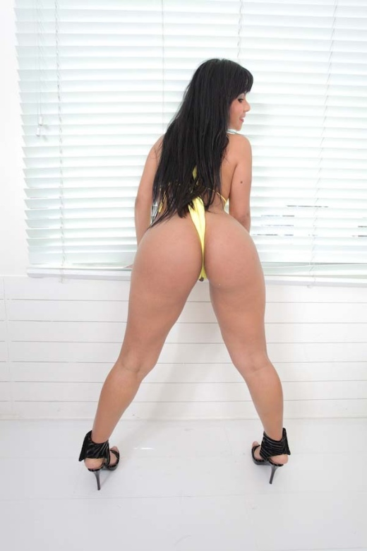Those phat ass white bitches all love my black big cock 3