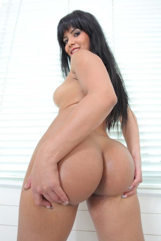 Latinas like rose monroe have huge asses made for anal ap11863 10