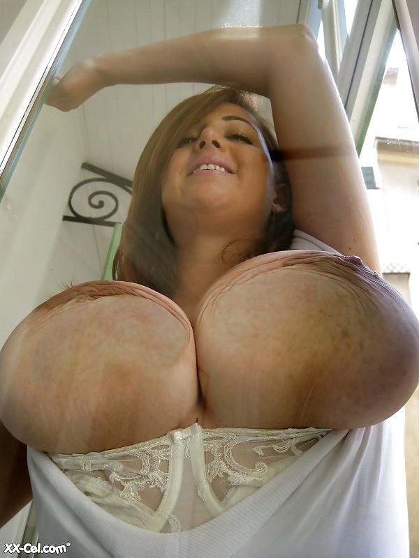 Супер огромные сисяндры порно фото крупным планом 96575 фотография